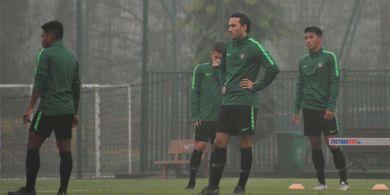 AFC Tahan Ezra Walian Bela Timnas, Manajer: Ini Akal-akalan Vietnam!