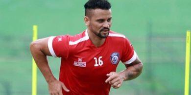 Pelatih Arema FC Tak Tahu-menahu soal Rumor Pencoretan Robert  Lima
