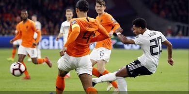 VIDEO - Gol Striker Muda Jerman Buat Van Dijk Kelabakan dan Buang Ingus