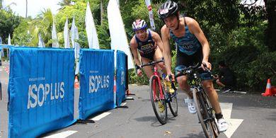 Peserta Super League Triathlon Bali 2019 Terbantu dengan ISOPLUS