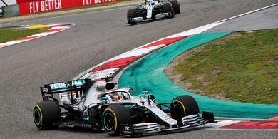 Hasil F1 GP Rusia 2019 - Hamilton Juara, Vettel Gigit Jari