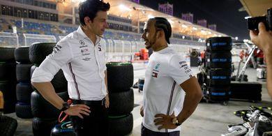 Bos Mercedes Sebut Isu Soal Gaji Lewis Hamilton Tak Masuk Akal
