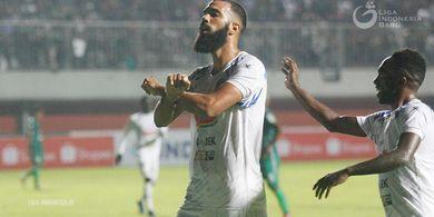 Sylvano Comvalius Jadi Perbincangan Jelang Bali United Vs Arema FC