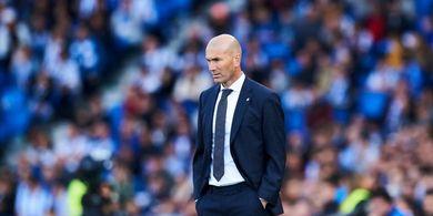 Zidane Tak Pernah Menyuruh Courtois Maju Saat Sepak Pojok