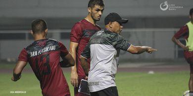 Rahmad Darmawan Beri Respons Begini Soal Pujian Pelatih Persib
