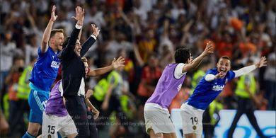 Kalahkan Barcelona dan Juara Copa del Rey, Pelatih Valencia Kegirangan