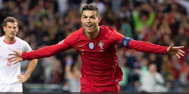Anggap Cristiano Ronaldo Sosok yang Egois, Diego Forlan Ungkapkan Satu Hal