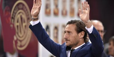On This Day - Francesco Totti Debut di AS Roma dalam Usia 16 Tahun
