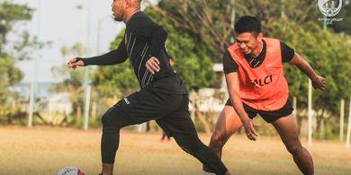 Sriwijaya FC Tandang ke Markas Persibat Tanpa Bek Pinjaman Mereka