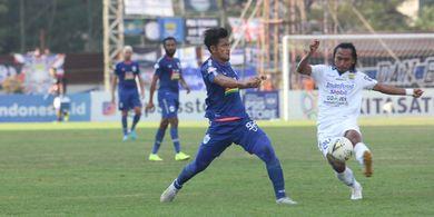 Persib Bandung Jamu Bali United dan Kembali Kehilangan Satu Pemain