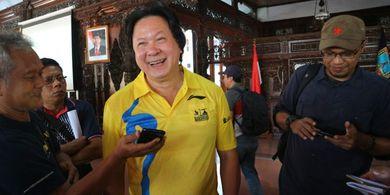 Berusia 63 Tahun, Lim Swie King Antusias Ikuti Tiket.com Kudus Relay Marathon 2019 Sampai Lakukan Hal Ini