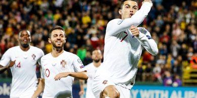 VIDEO - Gol Komedi Cristiano Ronaldo ke Gawang Lituania