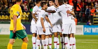 VIDEO - 4 Gol Cristiano Ronaldo untuk Portugal, Gol Ke-2 karena Bahu