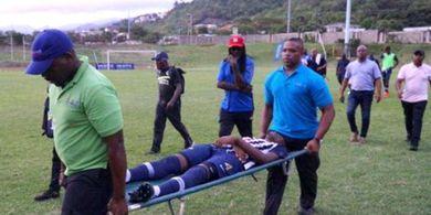 VIDEO - Detik-detik Pesepak Bola Asal Jamaica Tersambar Petir