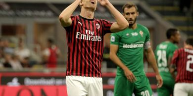 Cetak Satu Gol Setiap 312 Menit, Krzysztof Piatek Masih Dibela Pelatih AC Milan