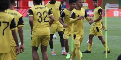 Persib Vs Bhayangkara FC - Maung Bandung Hadapi Lawan yang Pertahanannya Bolong