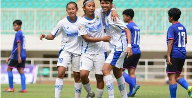 Deretan Persepakbola Putri Indonesia Lelang Jersey untuk Perangi Covid-19