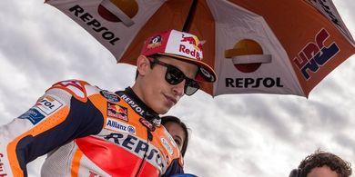 Bos Ducati Sebut Honda Seperti Hujani Marc Marquez dengan Emas