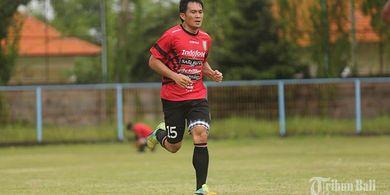 Tanggapan Bek Bali United Terkait Opsi Liga 1 Kembali Bergulir Pada September