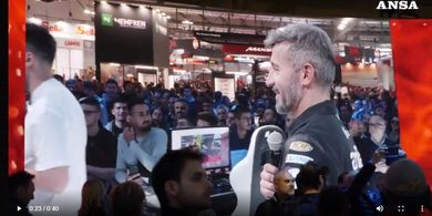 Max Biaggi Menjadi Akrab dengan Dunia eSports Berkat Anak-anaknya