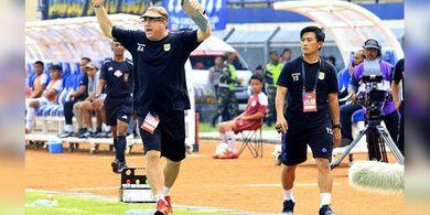 Robert Alberts Ungkap Alasan Masih Rapuhnya Pertahan Persib Bandung