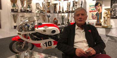 Valentino Rossi Lewat, Legenda MotoGP Anggap Pembalap Ini seperti Tuhan