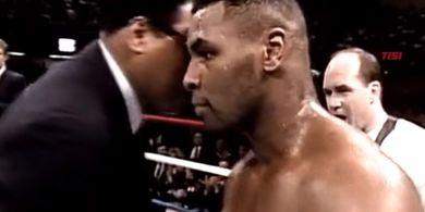 Kala Mike Tyson Membalaskan Dendam Muhammad Ali ke Muridnya