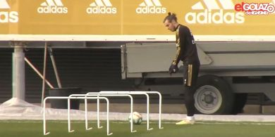 VIDEO - Bale Malah Lakukan Gerakan Pukul Golf di Sesi Latihan Real Madrid