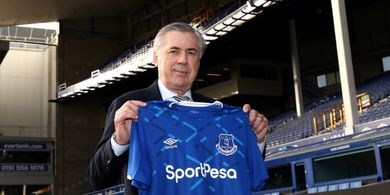 Pelatih Everton Carlo Ancelotti Tertarik Rekrut Bek Manchester United