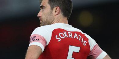 Arsenal Putuskan Kontrak Eks Bek Borussia Dortmund