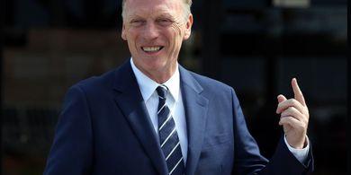 45 Menit sebelum Kick-off Piala Liga Inggris, Eks Pelatih Man United Positif COVID-19