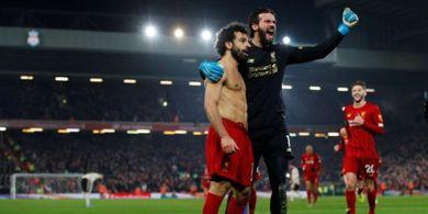 VIDEO - Umpan Spektakuler Alisson Becker Mudahkan Mohamed Salah Bobol Man United