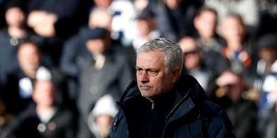 Susunan Pemain Tottenham Vs Norwich - Misi Mourinho Akhiri Kesialan 6 Jam, 18 Menit