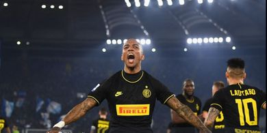 Jatuh Cinta dengan Italia, Ashley Young Ogah Dijual Inter Milan