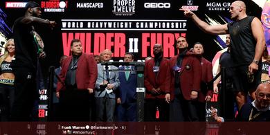Link Live Streaming Deontay Wilder vs Tyson Fury II - Tensi Tinggi Siap Menanti