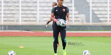 Meski Kalah, Kiper PSM Makassar Tetap Dipuji Pemain Persija Jakarta