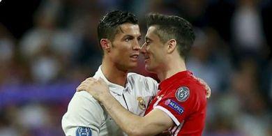 Robert Lewandowski Berpeluang Memecahkan Rekor Ronaldo di Liga Champions