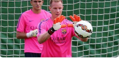 Kiper Utama Barcelona Sudah Yakin soal Pilihan Karier di Masa Depan