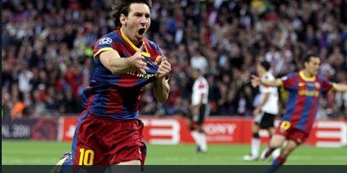 On This Day - Aksi Brutal Messi di Wembley, Gol Istimewa dan Tendang Mikrofon