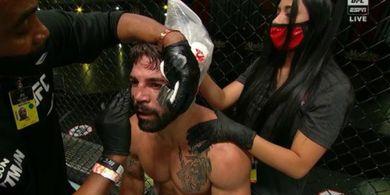 Demi Bayi yang Dikandung Pacar, Petarung UFC Brutal Ini Ikrarkan Taubat