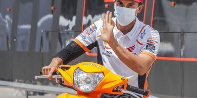 Casey Stoner Yakin Marc Marquez Bisa Jadi Juara Dunia Lagi dan Permalukan Rivalnya
