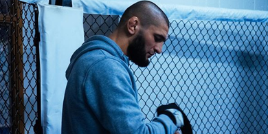 Dihapus dari Daftar Ranking UFC, Petarung Ini Ngemis Minta Digebuk Khamzat Chimaev