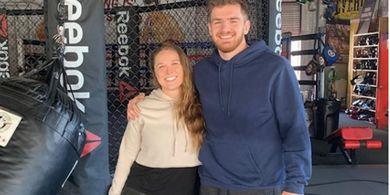 Ngerinya Ronda Rousey, Banting Bocah 15 Tahun yang Kini Jadi Bintang UFC