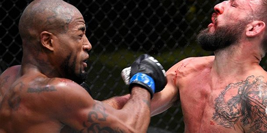 UFC Fight Night 173 - Menang Mutlak, Petarung Selebrasi Ala Mbah Dukun