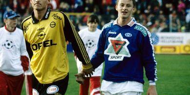 Man United vs Kobenhavn - Antara Ambisi dan Hubungan Teman Akrab