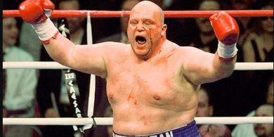 Mike Tyson-Jon Jones-Brock Lesnar Lewat! Ini Petarung yang Bisa Juara MMA, Tinju, dan Gulat Pro