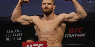 Hadapi Versi Terhebat Lawan, Jan Blachowicz Pilih Main Aman di UFC 266
