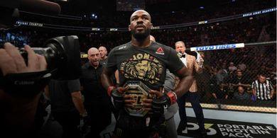 VIDEO  - One Shot One Kill! Jon Jones Tunjukkan Kemampuan Mengerikan di Luar UFC