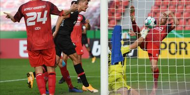 Hasil Lengkap DFB Pokal - Penyerang Anyar Leverkusen Cetak Gol Debut, Laga Schalke Ditunda