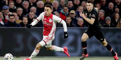 Barcelona dan Bayern Muenchen Rebutan Bek Muda Ajax Amsterdam, Siapa Bakal Menang?